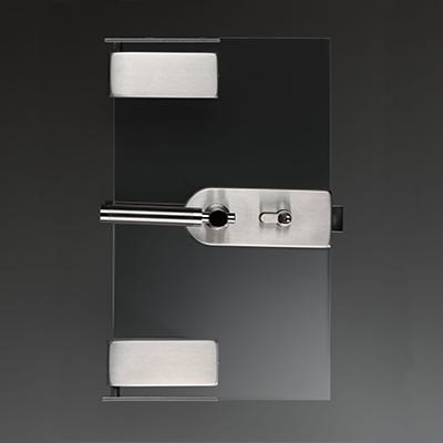 Цельностеклянные перегородки с распашной дверью