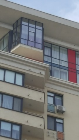 Остекление высоких балконов на высоких этажах - это реально!