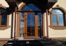 Двери из профиля REHAU